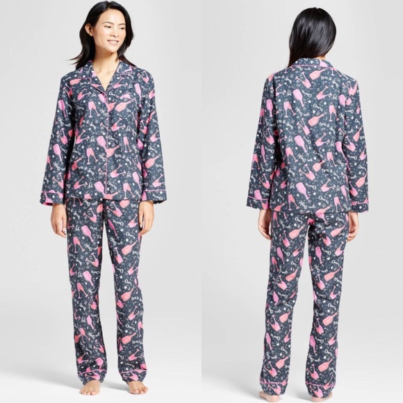 fa5b6857a6 Women s Pajamas Set. NWT. wondershop